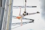 ECCO Sculptured Fashion Show - Vertical Catwalk Weltrekord versu